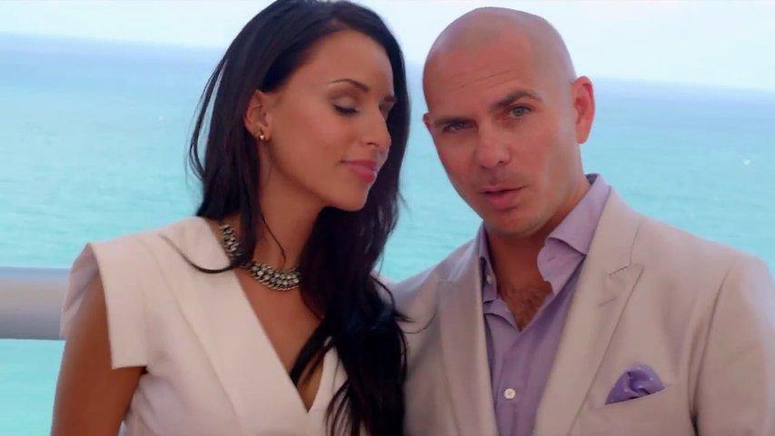 Ahmed Chawki Ft. Pitbull - Habibi I Love You (Official Music Video)