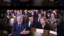 Anne Sophie Lapix ridiculiée par Marine Le Pen