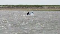 La planche à voile emportées par le vent !
