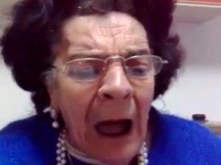 Mamma di Claudio Villa cantata dalla spiritosa Rosaria Mannino!