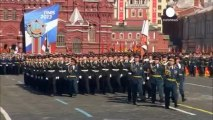 Fine weather adds Victory Day sparkle to Moscow's Red...