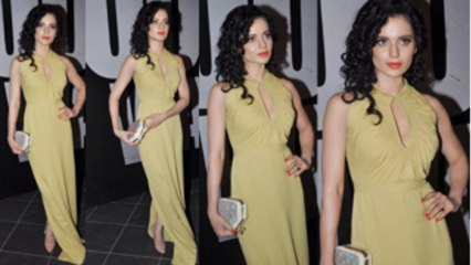 Kangana In Burberry Column Dress With Keyhole Neck Yay Or Nay?