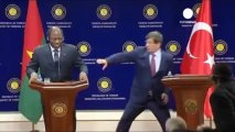 Burkina Faso minister faints