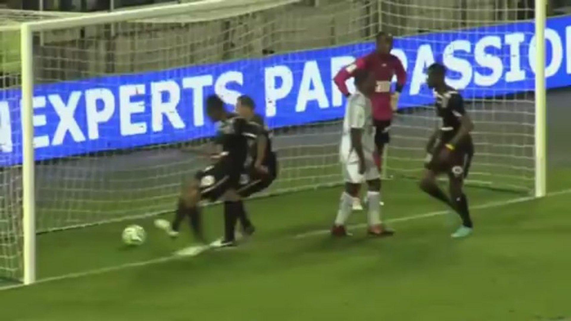 AJ Auxerre (AJA) - Angers SCO (SCO) Le résumé du match (36ème journée) - saison 2012/2013
