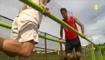 La sélection tahitienne de football s'entraîne d'arrache pied pour la Coupe des Confédérations au Brésil le mois prochain.