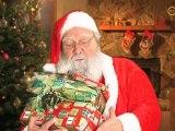 Vidéo : Le Père Noël se prépare pour le soir de Noël !