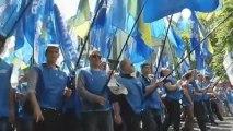 Violents affrontements entre opposants et partisans du...