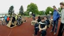 Saut en hauteur de 132 cm en monocycle