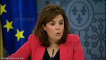 """Gobierno responde con """"hechos"""" las críticas de Aznar"""