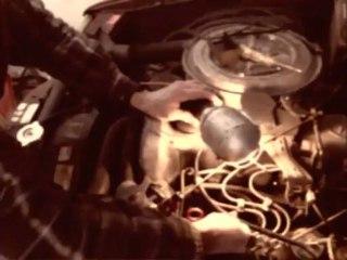 Mercedes-Benz W123 - Changement d'une bougie de préchauffage