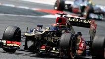 """Kimi Raikkonen Angry Team Radio on Perez  """"That Idiot Will crash into me!"""" HD"""