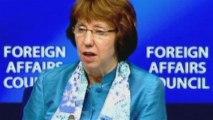 Los 27 levantan embargo de armas a los rebeldes sirios