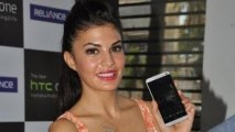 Jacqueline Fernandez launched the new HTC One smartphone
