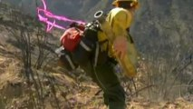 Los Angeles wildfire spreads: Thousands of homes evacuated