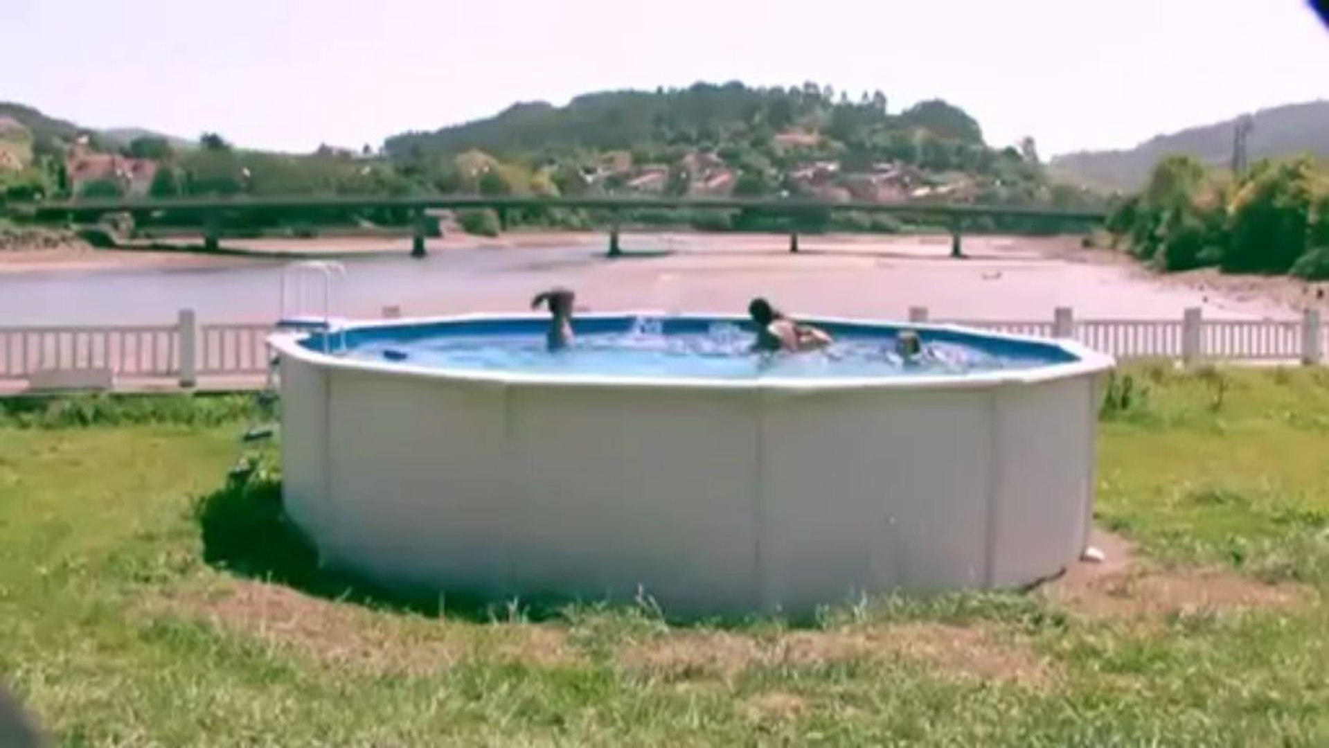 Comment Monter Une Piscine Hors Sol principe de montage de piscine hors sol ronde gre