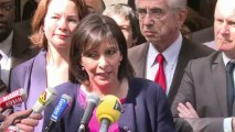 Municipales à Paris: Hidalgo (PS) continue sa campagne