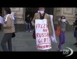 A Torino Flash mob per i diritti dei gay e contro Putin. Contestata mostra da Ermitage per leggi russe contro omosessuali