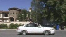Sauter par dessus une voiture en marche : FAIL