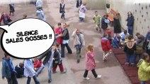 SILENCE !! Sales gosses !!