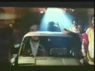 ULLAM KOLLAI POGUTHAE (Tamil) Karthik fights with bad boys