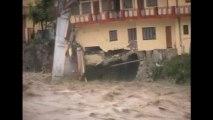 Heavy rains inundate northern India