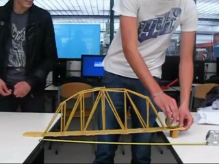 Les Term S TI 2 D en cours d'architecture et construction…