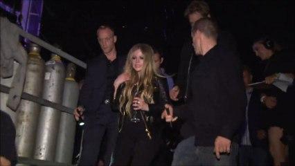 Avril Lavigne - Behind The Scenes MMVA 2013