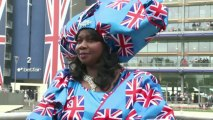 Grande-Bretagne: robes, dames et chapeaux à l'honneur à Ascot