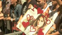 J.Lo receives Hollywood Walk of Fame star