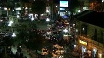 Temps flou - Bolivie La Paz Plaza Estudientes Vue de la fenêtre, nuit – Extrait