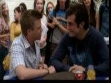 matty y jake como pareja gay en chica rara