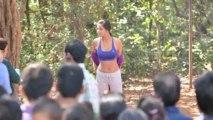 Poonam Pandey Ne Jab Apna Bath Gown Utaara | Hot Poonam Pandey Strips In Public