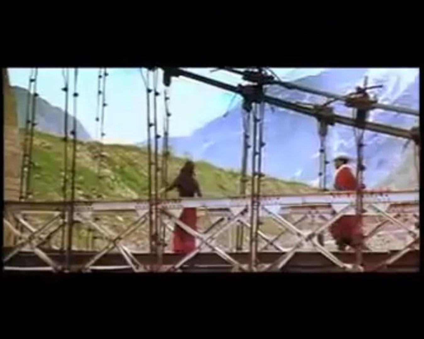 ANWAR tamil song-Kanninima pole HD quality _ing prithviraj and mamtha [shreya ghoshal]