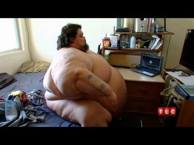 Ricky Naputi pèse 400 kilos