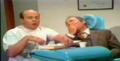 sketch dentiste Harvey Korman