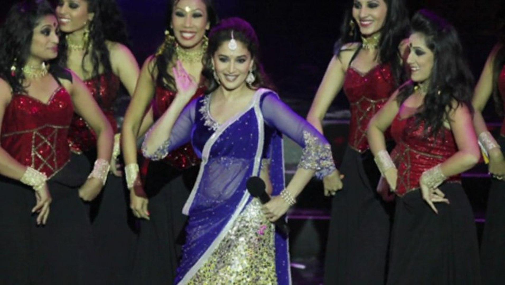 Madhuri Dixit Dance Performance At IIFA 2013 #IIFA 2013