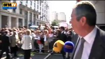 """François Fillon arrive à l'UMP sous les cris de """"Nicolas, Nicolas"""" - 09/07"""