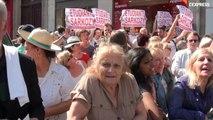 """Bureau politique UMP: """"On vient pour Sarko, pour le soutenir, on a besoin de lui"""""""