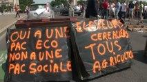 Paris (France) 10/07/2013 Manifestation agriculteurs  ©LTL News