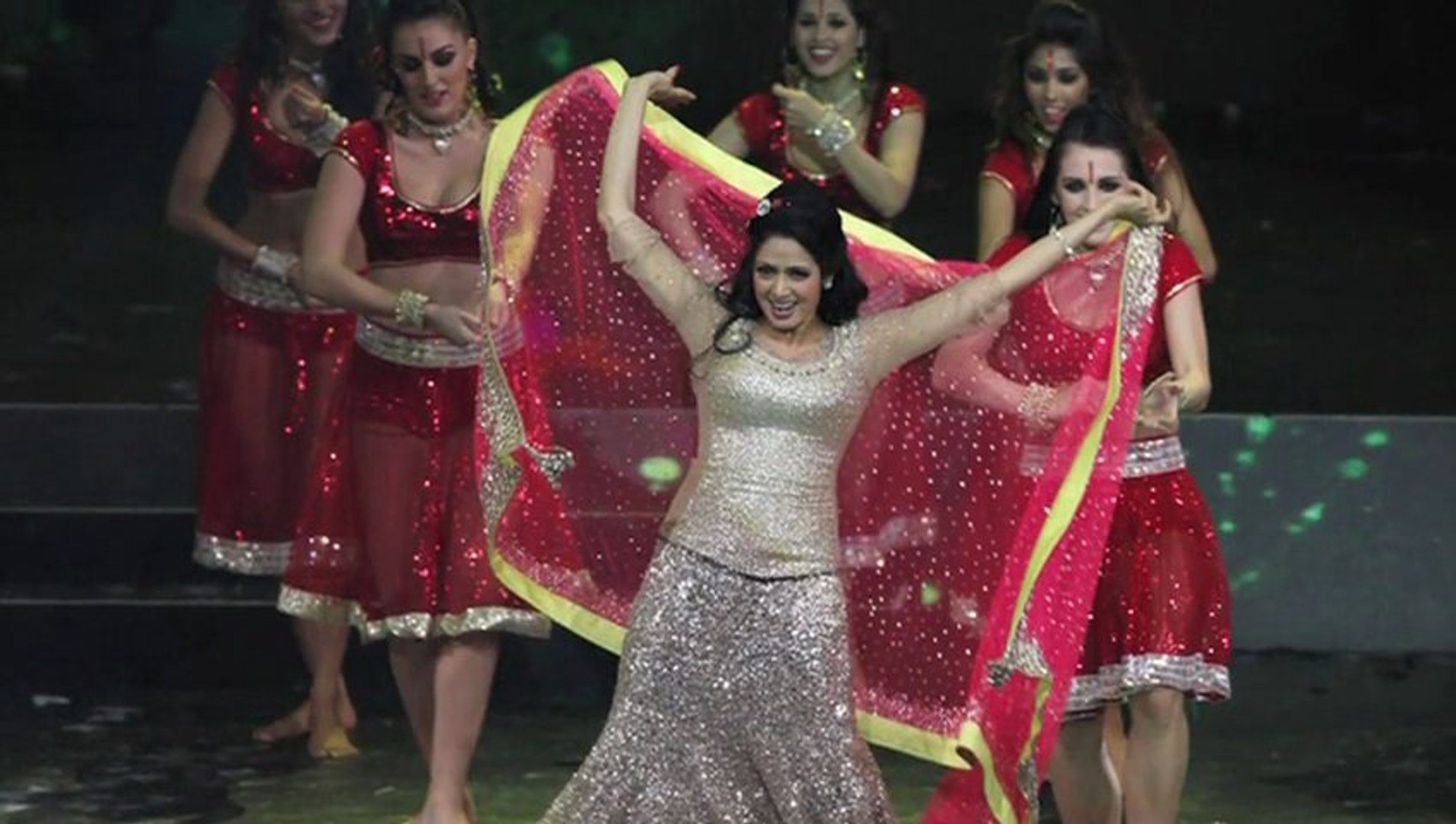 Sridevi dance Performance At IIFA 2013 #IIFA 2013