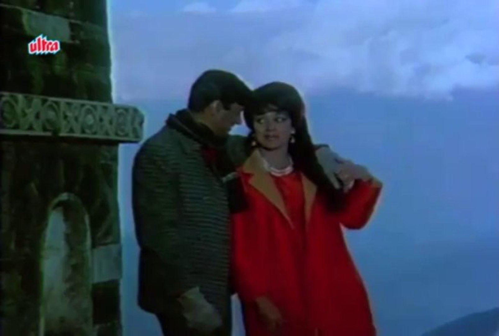 Ankhon Ankhon Mein - Dev Anand, Asha Parekh, Mahal Song