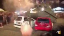 Une nouvelle recrue qui détruit des voitures avec un tank !