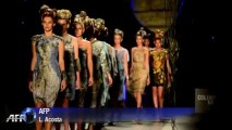 Models hit catwalk at Colombia Fashion Week