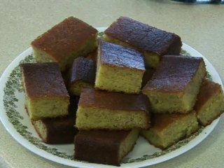Banana Cake Recipe in Urdu