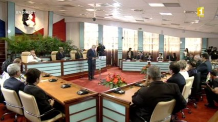 Visite du Premier ministre Jean-Marc Ayrault au Congrès de la Nouvelle-Caldonie