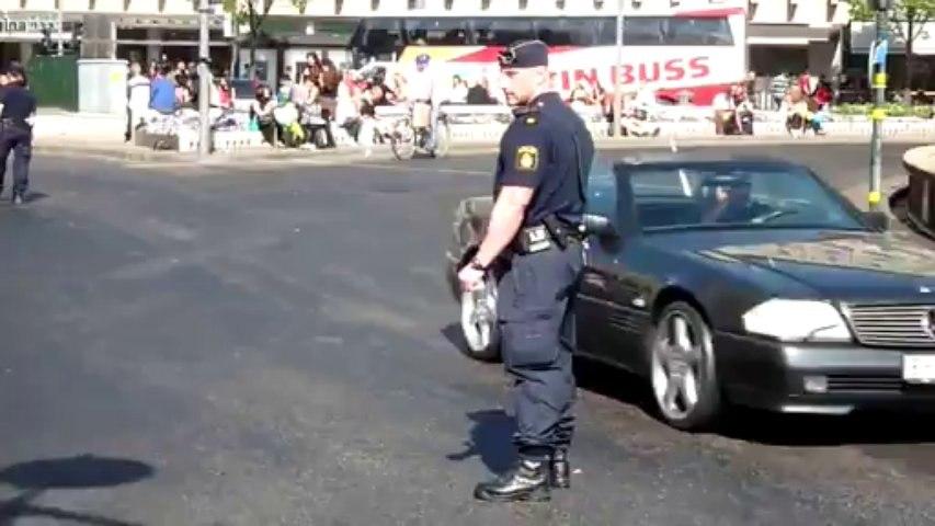 Poliser – Stormissbrukare av steroider!   corruptio.blog.com