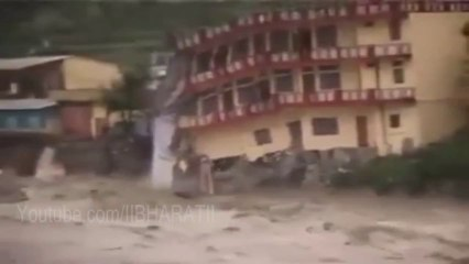 Uttarakhand Flood - Building Demolished Live in Uttarakhand Flood 2013