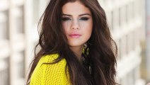 Selena Gomez Writes Song for Justin Beiber