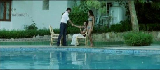 Naina Dhaliwal Swimming Scene in Love.com