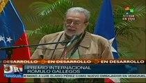 Escritor puertorriqueño Eduardo Lalo recibe Premio Rómulo Gallegos